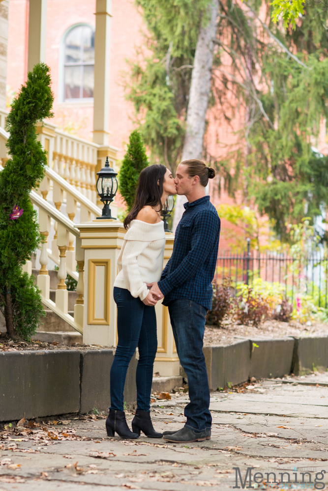 jamie-nick-engagement-session-mexican-war-streets-schenley-park-phipps-conservatory-pittsburgh-pa-engagement-photos_0013