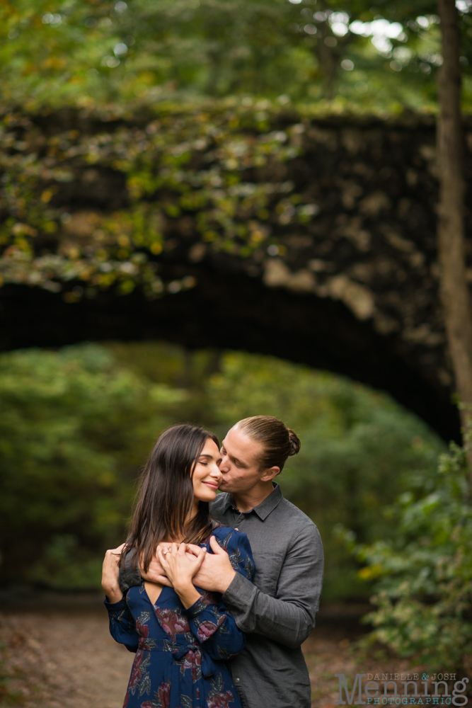 jamie-nick-engagement-session-mexican-war-streets-schenley-park-phipps-conservatory-pittsburgh-pa-engagement-photos_0022