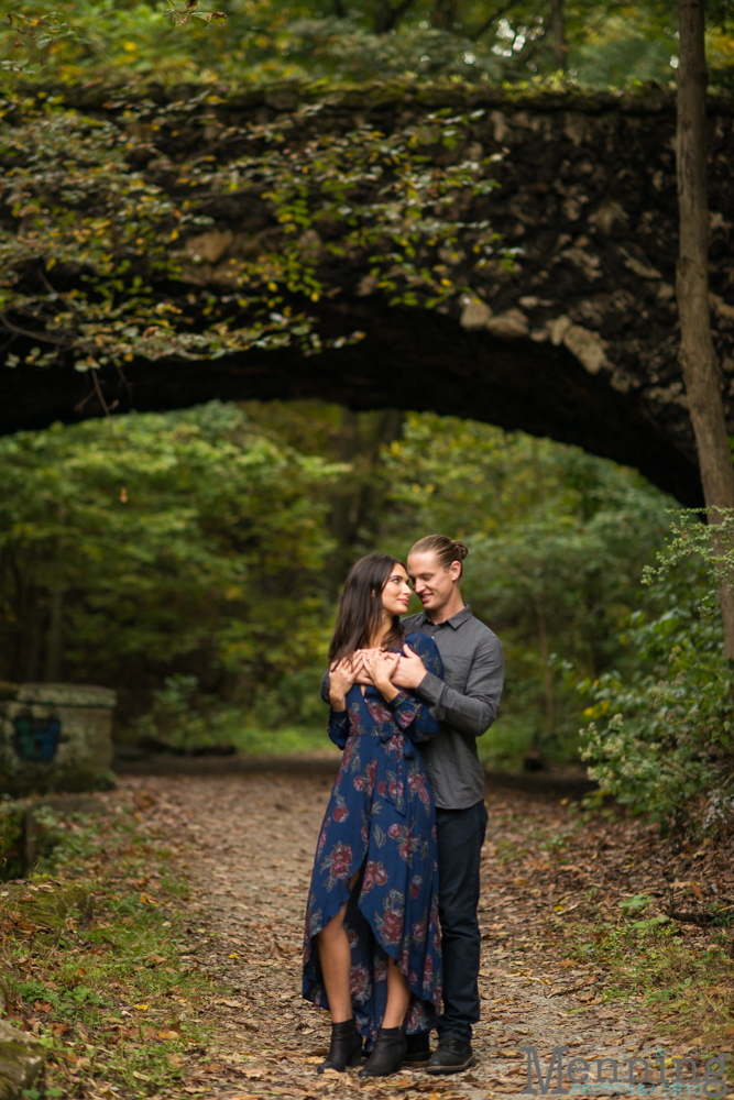 jamie-nick-engagement-session-mexican-war-streets-schenley-park-phipps-conservatory-pittsburgh-pa-engagement-photos_0023