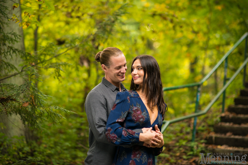 jamie-nick-engagement-session-mexican-war-streets-schenley-park-phipps-conservatory-pittsburgh-pa-engagement-photos_0026