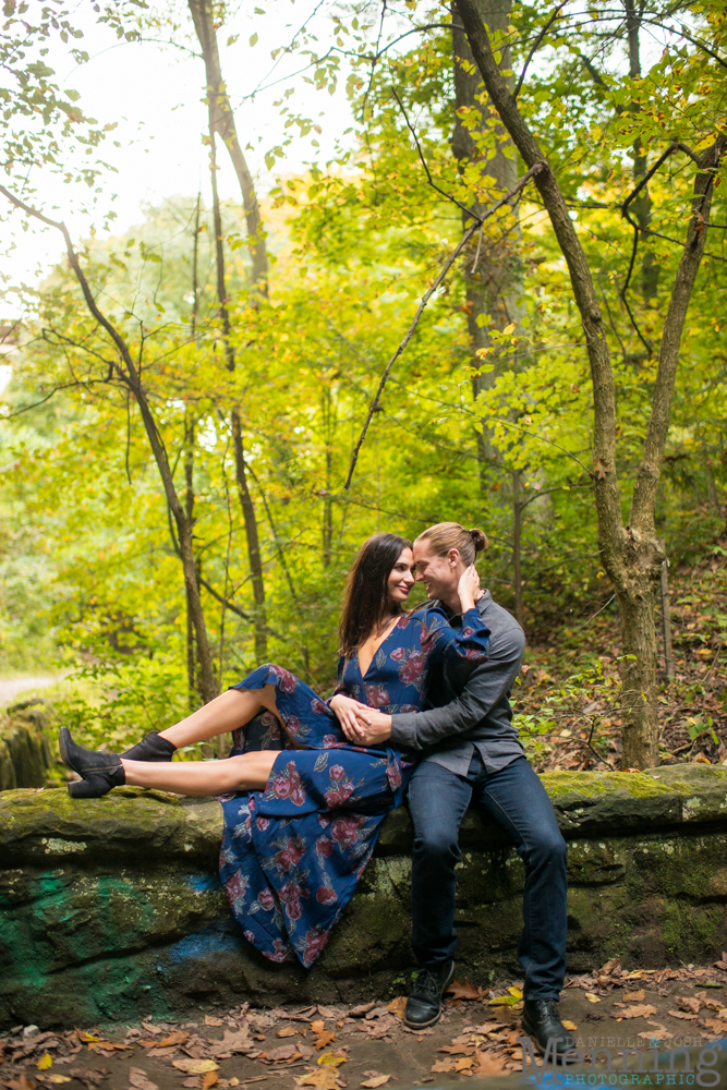 jamie-nick-engagement-session-mexican-war-streets-schenley-park-phipps-conservatory-pittsburgh-pa-engagement-photos_0027