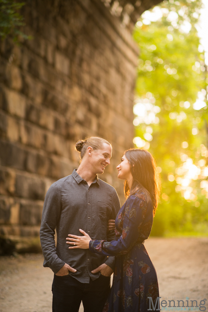 jamie-nick-engagement-session-mexican-war-streets-schenley-park-phipps-conservatory-pittsburgh-pa-engagement-photos_0028