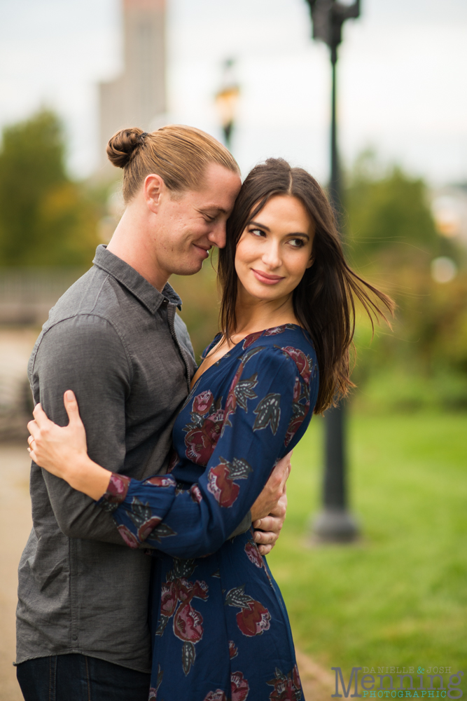 jamie-nick-engagement-session-mexican-war-streets-schenley-park-phipps-conservatory-pittsburgh-pa-engagement-photos_0034