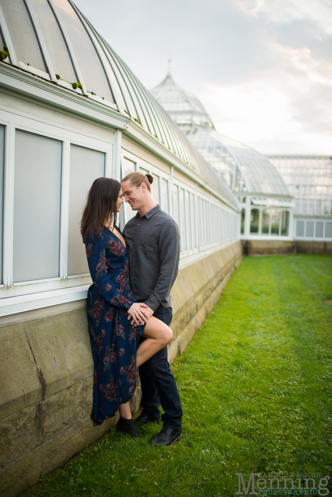 jamie-nick-engagement-session-mexican-war-streets-schenley-park-phipps-conservatory-pittsburgh-pa-engagement-photos_0035