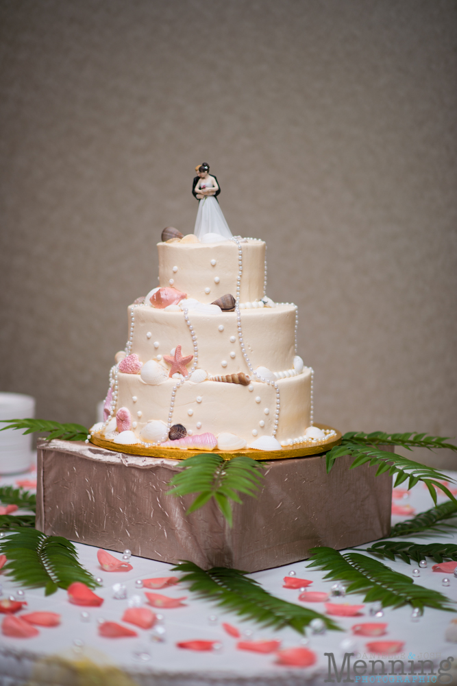 bridge wedding cake our favorite wedding cakes amp tables of 2014 12145